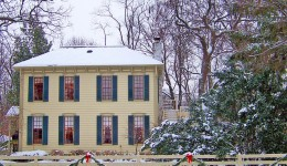 Why You Should Sell Your Home During the Holidays